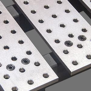 Découpe plateau table avec fentes buildpro